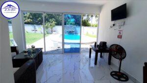 Vendo ENORME Villa en puerto plata