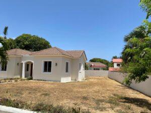 Villa de Oportunidad Próximo a la playa en Puerto Plata
