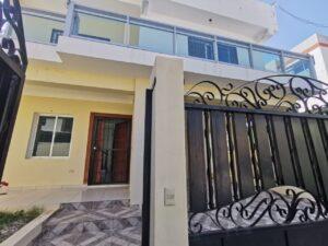 Casa en Venta con Piscina en Puerto Plata